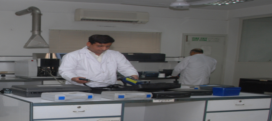 Laboratory of Environmental Science (LES)
